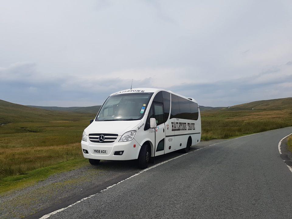 luxury minibus hire romford essex